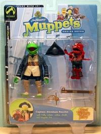 Kermit de kikker als Captain Abraham Smollet van Muppetshow